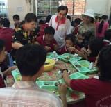 Nấu 500 phần cơm phục vụ người nghèo trên địa bàn TP.Thủ Dầu Một