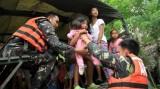 11.000 người Philippines chạy bão Noul, sức gió lên tới 195km/h