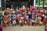 Giúp trẻ nhiễm HIV hòa nhập cộng đồng