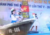 """Hà Khánh Ngân: """"Cây văn nghệ"""" tích cực"""
