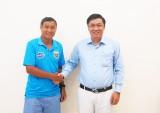 B.Bình Dương ký hợp đồng với ông Mai Đức Chung