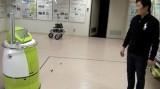 Robot tự hành thay thế xe đẩy y tế
