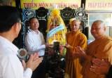 Các đoàn thăm, chúc mừng các chức sắc Phật giáo nhân mùa Phật đản