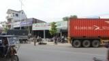 Container tông xe liên hoàn