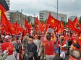 Hơn 3.000 người Việt tại Đức biểu tình phản đối Trung Quốc