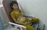 Cô bé bị bệnh thận và tấm lòng người mẹ