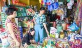 Hàng Việt tại chợ nông thôn: Nhiều lựa chọn cho người dân