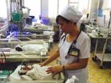 Bác sĩ Nguyễn Thị Hồng Thủy: Tận tâm chăm sóc bệnh nhân sơ sinh