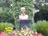 Khánh thành tượng đài Bác Hồ tại Đại sứ quán Việt Nam ở Mexico