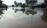 Trời không mưa, nước vẫn ngập!