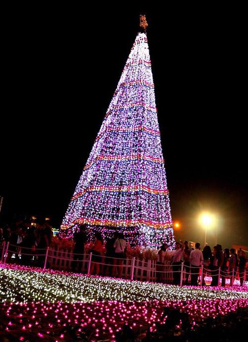 aeon binh duong noel 2018 Giáng sinh… đã về   Báo Bình Dương Online aeon binh duong noel 2018