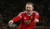 Rooney ghi tuyệt phẩm, Man Utd phục thù Swansea