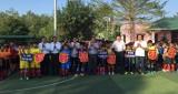 15 đội tham dự giải bóng đá nhi đồng năng khiếu cơ sở Bình Dương