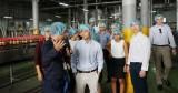 Sinh viên New York tham quan dây chuyền sản xuất của Tân Hiệp Phát