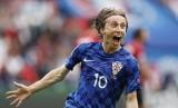 Modric ghi bàn từ 30 m, Croatia đánh bại Thổ Nhĩ Kỳ