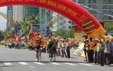 Khai mạc giải đua xe đạp quốc tế VTV - Cúp Tôn Hoa Sen năm 2016: Trần Nguyễn Duy Nhân tạm giữ Áo vàng