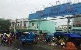"""Thu tiền xe vào chợ Hàng bông Phú Hòa với giá """"trên trời""""!: Cần có biện pháp chấn chỉnh"""
