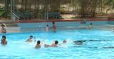 Chuẩn bị gì khi cho trẻ học bơi?