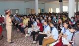 面向11.9越南法律日:平阳省将举办多项有意义的切实宣传活动