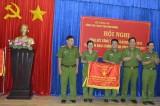 """Bộ Công an tặng cờ thi đua """"Vì An ninh Tổ quốc"""" cho Cảnh sát PC&CC tỉnh"""