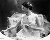 """Góc khuất cuộc đời của """"nữ điệp viên lớn nhất thế kỷ"""""""