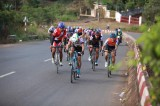"Thai Quoc Tuan, Le Tan Lai win first prizes at ""Return to Phuoc Long for victory"" cycling race"