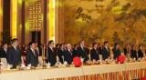 越共中央总书记阮富仲和中国政协主席俞正声出席越中建交67周年纪念典礼