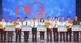 """Tổng Liên đoàn Lao động Việt Nam: Tổ chức chương trình """"Tết sum vầy"""" năm 2017"""
