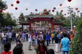 游客到平阳游春时觉得满意