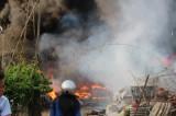 cháy vựa phế liệu trong khu dân cư: Người dân lo lắng