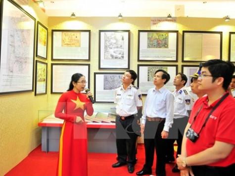 Exhibition on Vietnam's sovereignty over Hoang Sa, Truong Sa islands