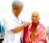 Bệnh viện Đa khoa Bình Dương: Phẫu thuật thành công Thay khớp háng cho bệnh nhân 99 tuổi