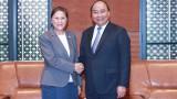 越南政府总理阮春福会见老挝国会主席巴妮·雅陶都