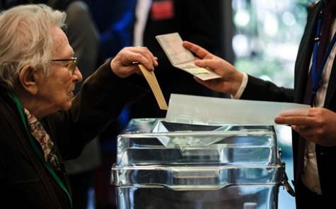 Công dân Pháp đi bỏ phiếu bầu Tổng thống ở 60.000 điểm trên toàn cầu