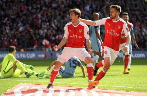 Thắng nghẹt thở M.C, Arsenal vào chung kết Cúp FA