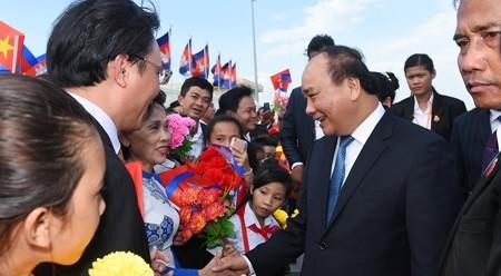 越南政府总理阮春福抵达金边 开始对柬埔寨进行正式访问