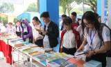 Ngày hội sách sinh viên Trường Đại học Thủ Dầu Một năm 2017