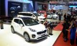 Tất cả các hãng ôtô bình dân ở Việt Nam đều giảm giá