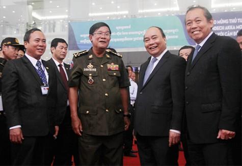 Thắm tình hữu nghị keo sơn Việt Nam – Campuchia