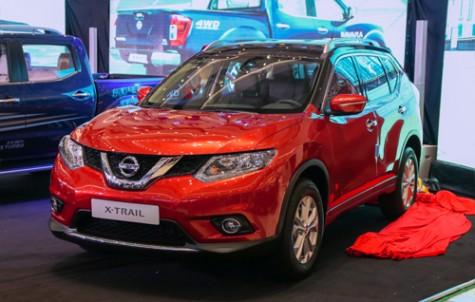 Nissan X-Trail bản giới hạn giá 933 triệu cho khách Việt