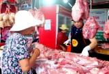 Khai trương thêm 12 sạp thịt an toàn tại chợ Thủ Dầu Một