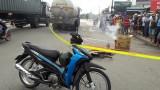 Xe bồn cán chết người phụ nữ đi xe đạp