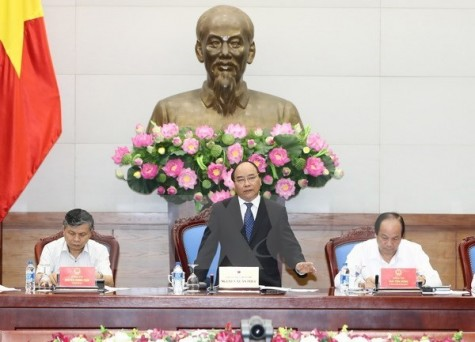 PM urges accelerating administrative procedure reform