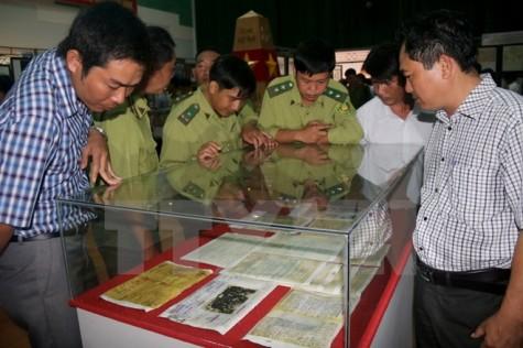 黄沙长沙归属越南资料地图展在薄辽省举行