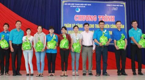 Hiệu quả và kinh nghiệm đoàn kết, tập hợp thanh niên công nhân