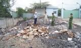 Lén xả chất thải nguy hại ra môi trường: Cần xử lý nghiêm