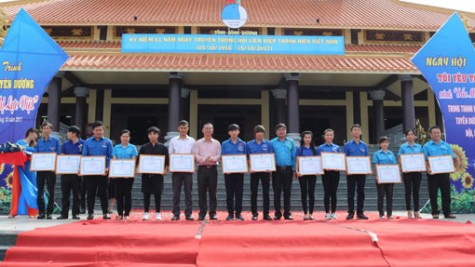 Hội Liên hiệp thanh niên tỉnh: Kỷ niệm truyền thống Hội Liên hiệp thanh niên Việt Nam