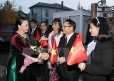 Chủ tịch Quốc hội gặp gỡ cộng đồng người Việt Nam tại Kazakhstan