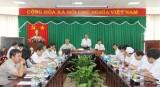 Đồng chí Bí thư Tỉnh ủy làm việc với Bệnh viện Đa khoa tỉnh