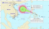 Cơn bão số 13 giật cấp 10 đi vào Biển Đông và khả năng mạnh thêm